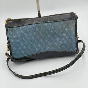 🦆Dooney&Bourke Blue Canvas/Leather Crossbody Bag